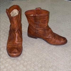 FRYE tan leather booties